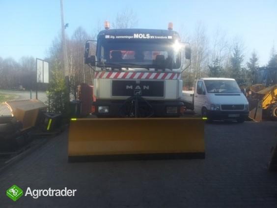 Pługi śnieżne do ciężarówki i ciągnika- producent - zdjęcie 1