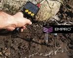 Badanie PH gleby bezpośrednio na polu
