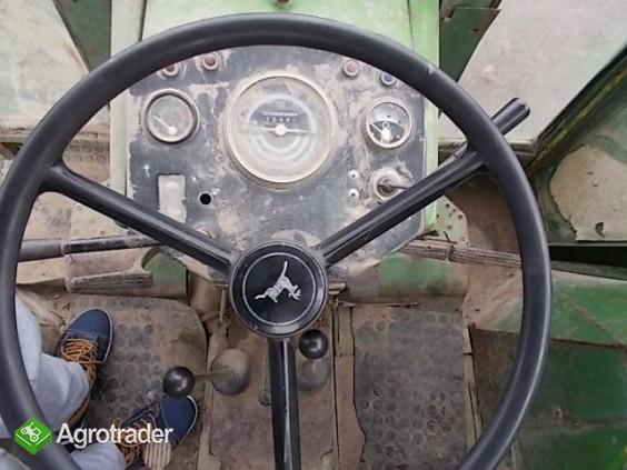 Ciągnik rolniczy John Deere 3120 - zdjęcie 6