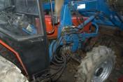 Ciągnik CASE 685 4WD Z ŁADOWACZEM
