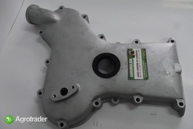 Pokrywa rozrządu na uszczelniacz przednia URSUS C 360 - zdjęcie 1