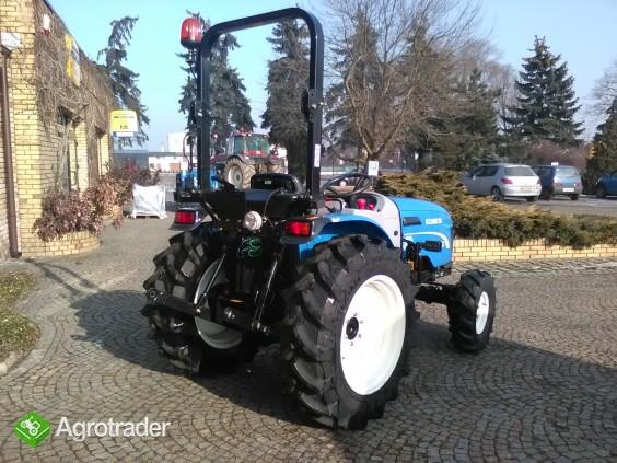 Ciągnik sadowniczy (kompaktowy) New Holland BOOMER 35 - zdjęcie 2