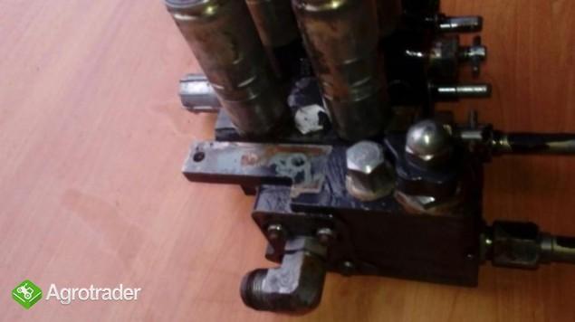 Rozdzielacz hydrauliczny Massey Ferguson 6120,6130,6140,6150,6160,6170 - zdjęcie 3