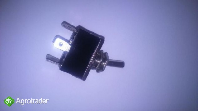 Przełącznik włącznik podnośnika Massey Ferguson seria 3000, 3070,3125,