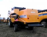 Kombajn New Holland  TC 5070