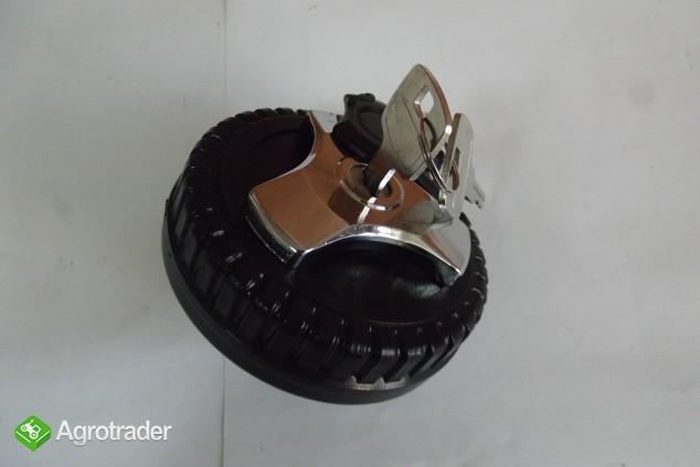 Korek wlewu paliwa z kluczykiem ZETOR 3321-7341 Super,Proxima,Forterra - zdjęcie 2