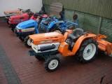 Kubota B6000 mini traktor ogrodniczy.